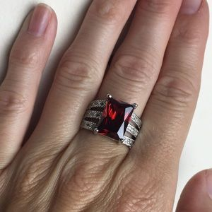 Jewelry - NWOT .925 SS Faux Ruby CZ Statement Ring